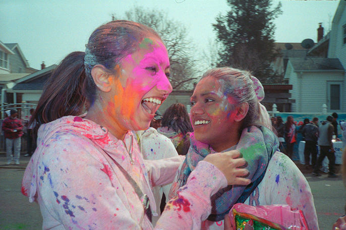 Pretext-Social-Club_Holi-Fest_photo-by-Jin-Lee_IMG8
