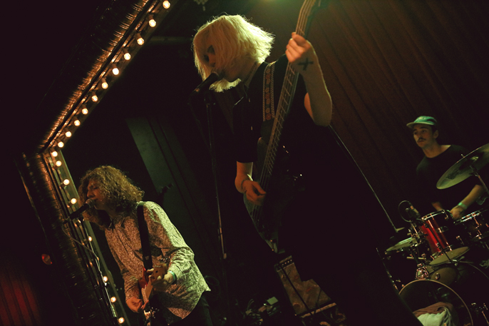 Pretext-Social-Club_Sunflower-Bean_Union-Pool_photo-by-Jessica-Straw_IMG1