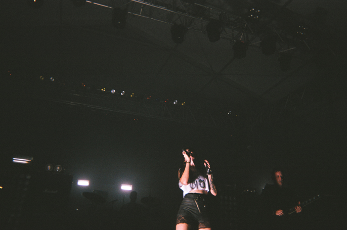 PretextSocialClub_GovernorsBall2014_SleighBells_photoby-JessicaStraw_57020007