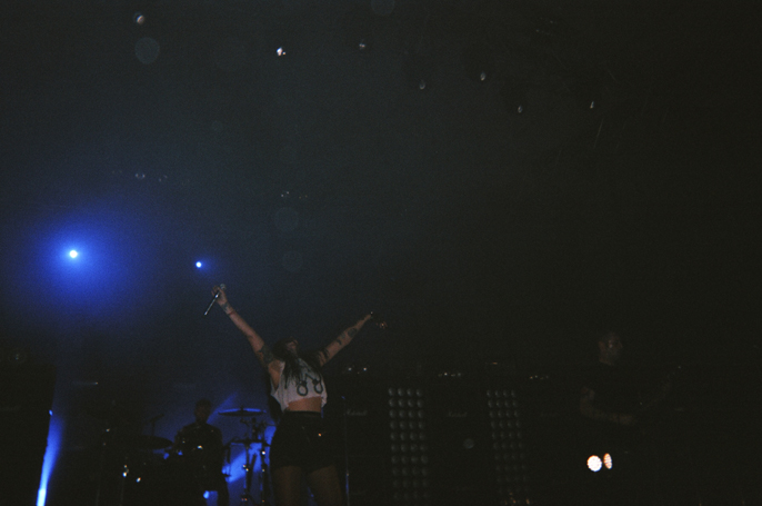 PretextSocialClub_GovernorsBall2014_SleighBells_photoby-JessicaStraw_57020014