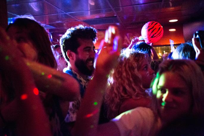 PretextSocialClub-HighWaisted-BoozeCruise-photoby_CameronKellyMcLeod-IMG16