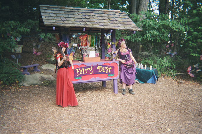 Pretext_Social_Club-NYC_Renaissance_Faire-photo_by-Kacie_Daughety-IMG19