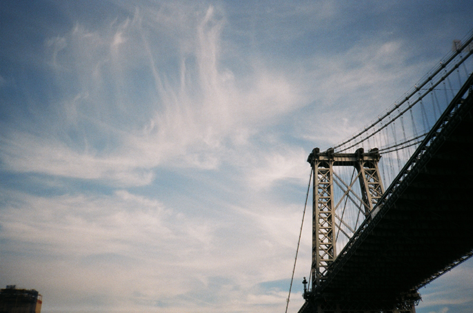 Pretext_Social_Club-IMG12-Williamsburg_Bridge-New_York_City-photo_by_Jessica_Straw