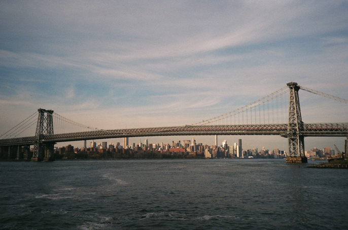 Pretext_Social_Club-IMG14-Williamsburg_Bridge-New_York_City-photo_by_Jessica_Straw