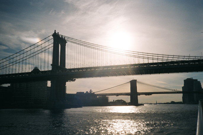 Pretext_Social_Club-IMG17-Brooklyn_Bridge-Manhattan_Bridge-New_York_City-photo_by_Jessica_Straw