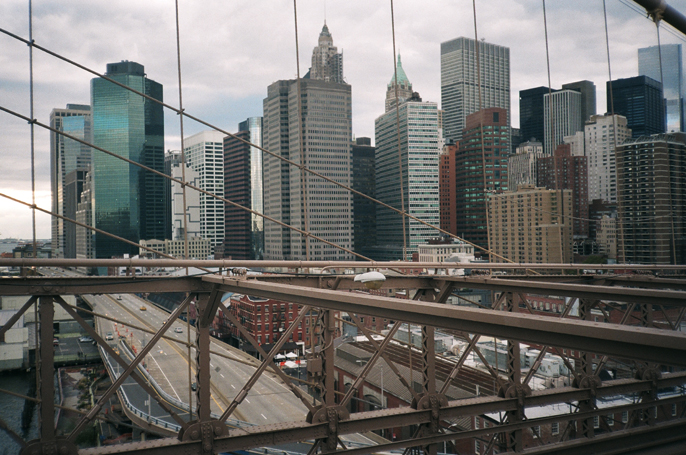 Pretext_Social_Club-IMG19-Brooklyn_Bridge-Lower_Manhattan-New_York_City-photo_by_Jessica_Straw