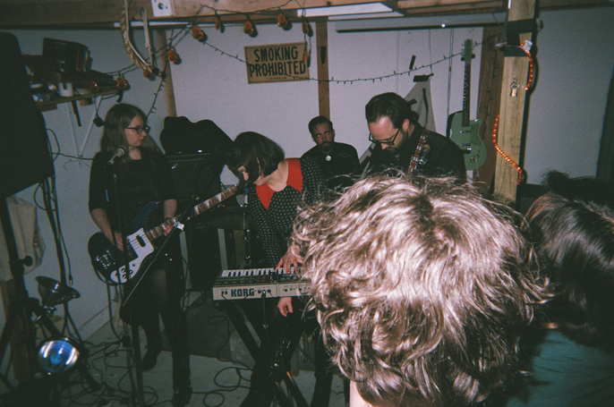 Pretext_Social_Club-disposable_experiment-Squarezeros_Zerofest_2-The_Space_Merchants-43770004